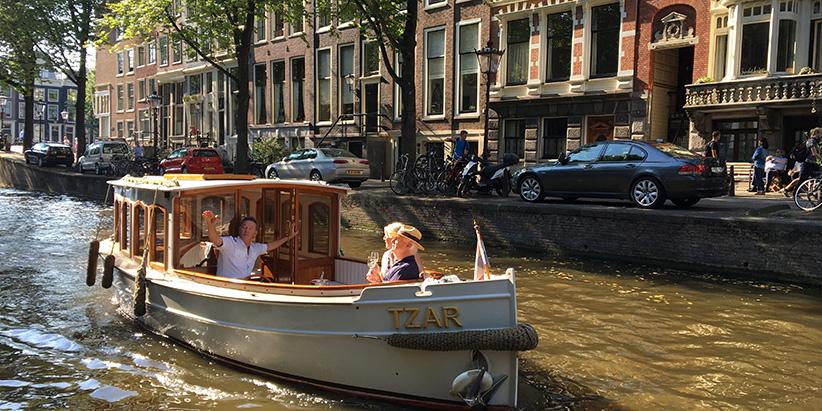 Salonboot Tzar Amsterdam